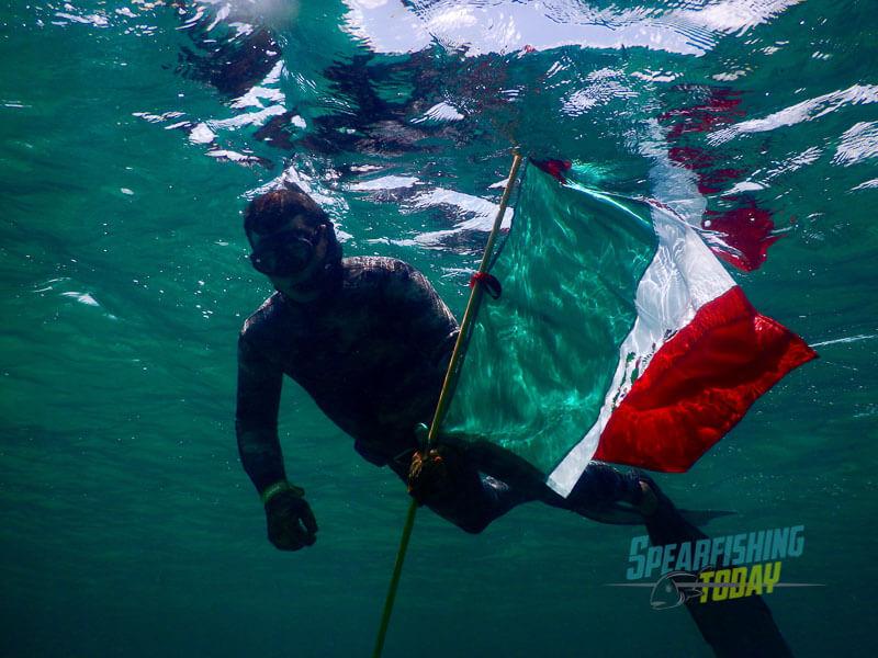 spearfishing-mexico-leo-5